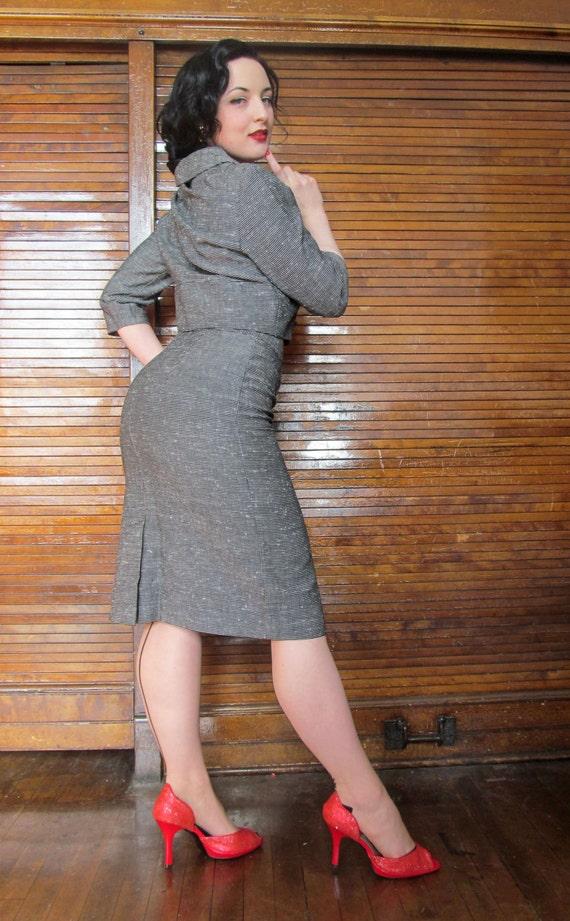 Vtg 40s 50s Skirt Suit / Holiday / Bombshell - image 2
