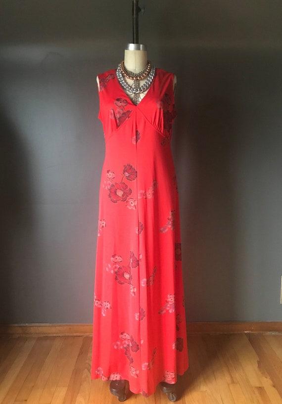 Vtg 70s Red Floral Maxi Dress / Chiffon Flowy Cape