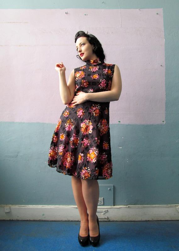 Vtg 60s Floral Print Dress / Mandarin Collar / Bol