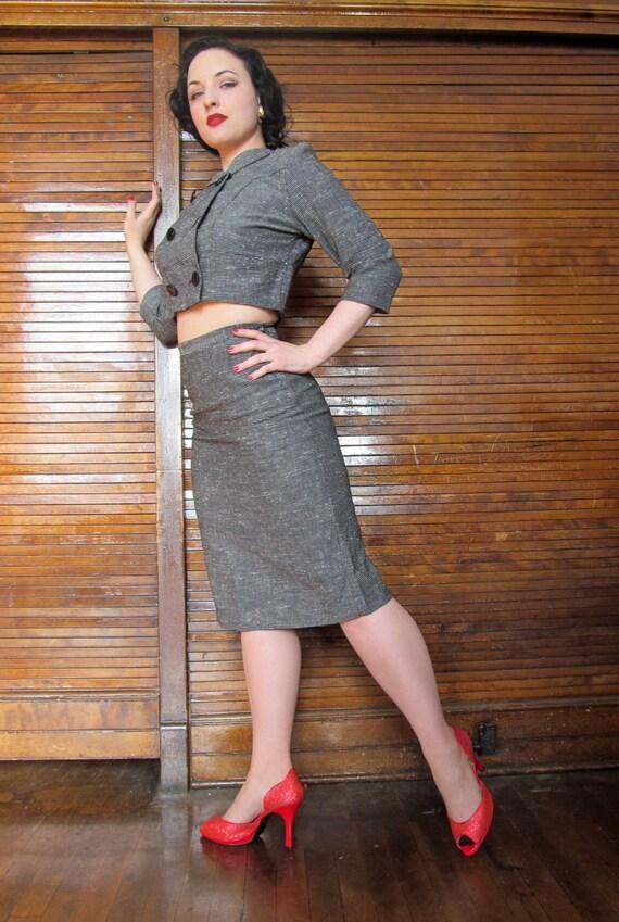 Vtg 40s 50s Skirt Suit / Holiday / Bombshell - image 3