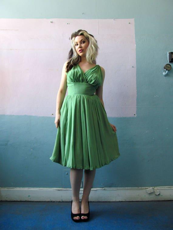 Vtg 50s Green Bombshell Dress / Cocktail Party Dre
