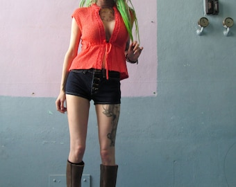 Vtg 70s Coral Knit Blouse / Short Sleeve