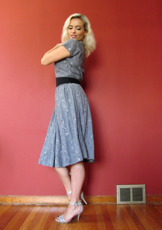 Vtg 40s 50s Chambray Embroidered Dress - image 3