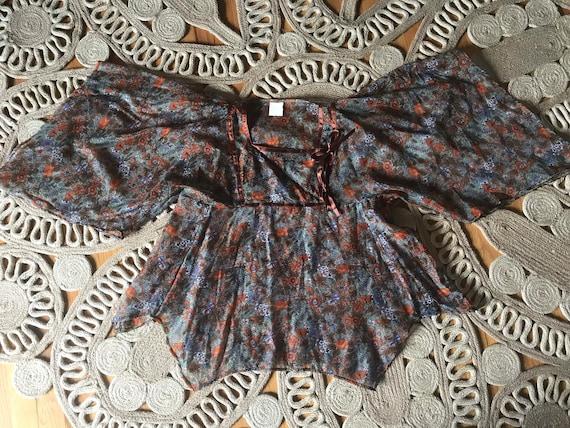 Vtg 60s Floral Hippie Blouse