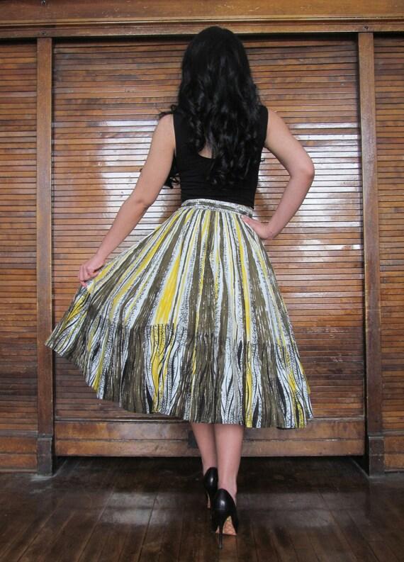 Vtg 50s Novelty Print Skirt - image 4