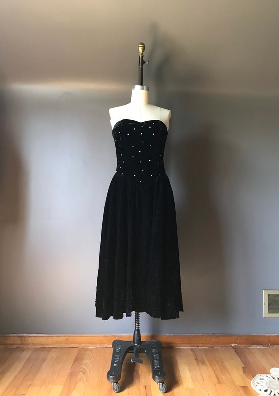 Vtg 80s Velvet Sweetheart Dress / Cocktail Dress