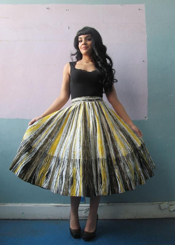 Vtg 50s Novelty Print Skirt - image 2