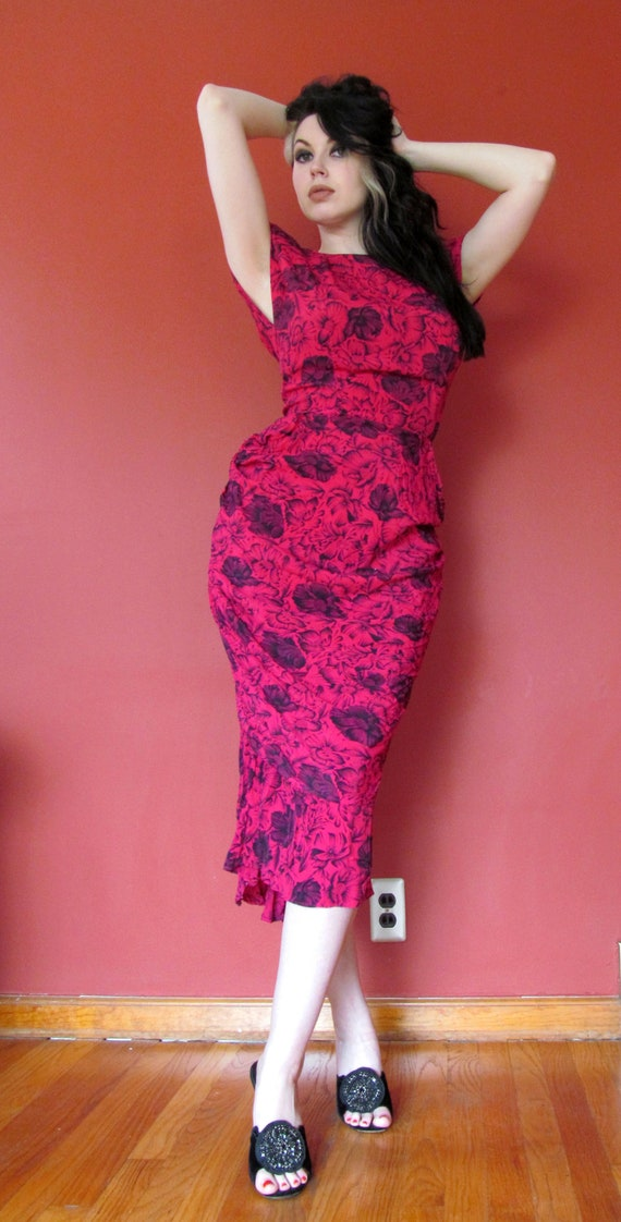 Vtg 80s does 40s Bombshell Dress