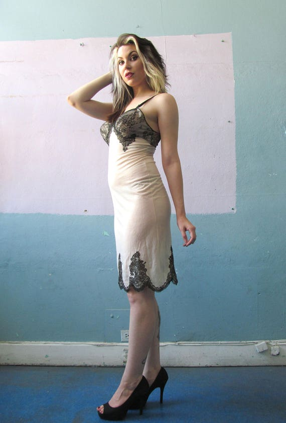 Amazing Vtg 50s 60s Lace Trim Full Slip Dress / M… - image 3