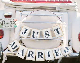 Just Married Car Sign, Car Sign, Car Banner, Bridal Car sign, Jeep Just Married Sign, Car wedding signs,