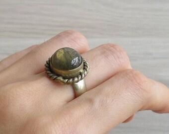 Vintage 70's Boho Semi Precious Stone Dome Silver Ring (Size 9)