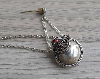 Vintage 80's Tibetan Ethnic Snuff Bottle Silver Necklace