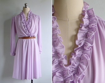 Vintage 80's 'Lilac Love Story' Ruffled V-Neck Day Dress M or L