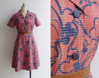 Vintage 70's Coral Pink Floral Grid Print Shirt Dress M or L