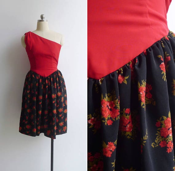 Vintage 80's Does 50's 'Flaming Florals' One Shoul