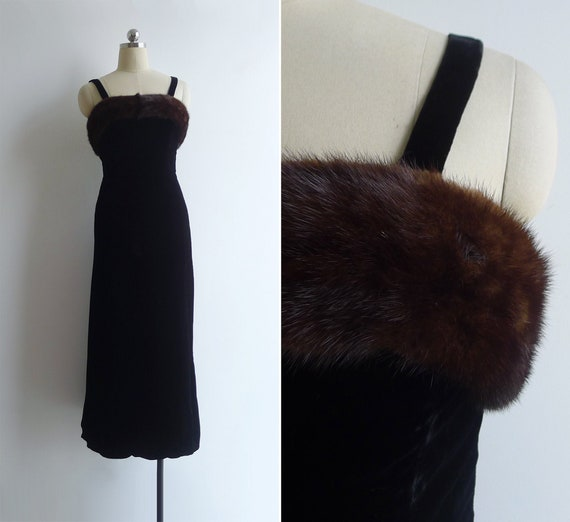 Vintage 50's 60's Black Velvet & Mink Fur Trimmed
