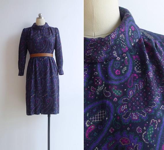 Vintage 80's Mod Purple Paisley Print Turtleneck D