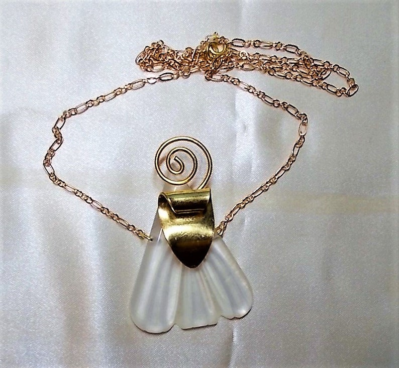 Faux Camphor Glass Lavalier Necklace Gold Brass Art Deco Accents On 20 Fine Gold Plated Chain Rare Only 69.90 Impersonating Rock Crystal