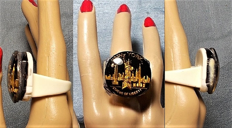/& Unique Chunky Size 9 Great Gift Only 99.90 1 Lucite 1950s New York Ring 3D Gilded Statue of Liberty Reminisce Ellis Island Ring Funky