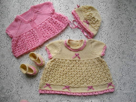 KNITTING PATTERN for BABY JACKET HAT /& BOOTIES 0-3mth # 71 NOT CLOTHES