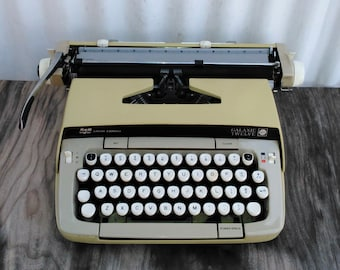 Vintage Yellow Smith Corona Galaxie Twelve Typewriter - Portable Typewriter - Yellow Typewriter - Office Decor