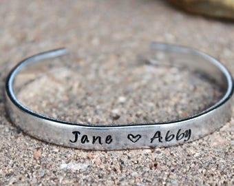 Name Bracelet, Child's Name Bracelet, Bracelet for Moms, Mom Bracelet, Gift for moms, Kid's Names bracelet, Name Bangle, Mom Bangle Bracelet