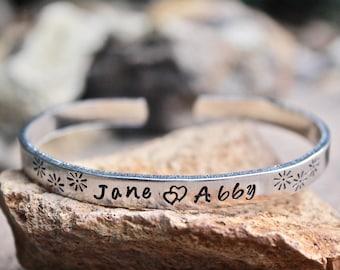Mom Bracelet, Double Hearts, Children's Name Bracelet, Child's Name Bracelet, Bracelet for Mom, Mother's Day Gift, Gift for mom, Kid's Names