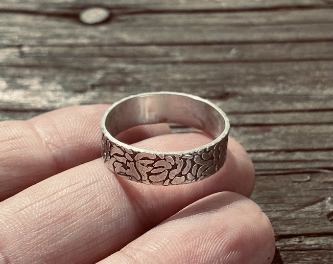 Textured Sterling Silver Wide Ring Band, Textured Ring Band, Floral Texture Ring, Solid Sterling Silver, Handmade Textured Ring Band, Flower