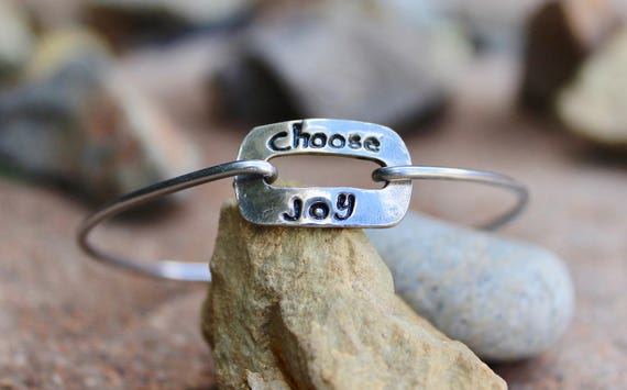 Choose Joy Mantra Bangle Bracelet Hand Stamped Gift, Motivational Jewelry, inspirational gift,  Bangle Bracelet with Charms -Choose Joy