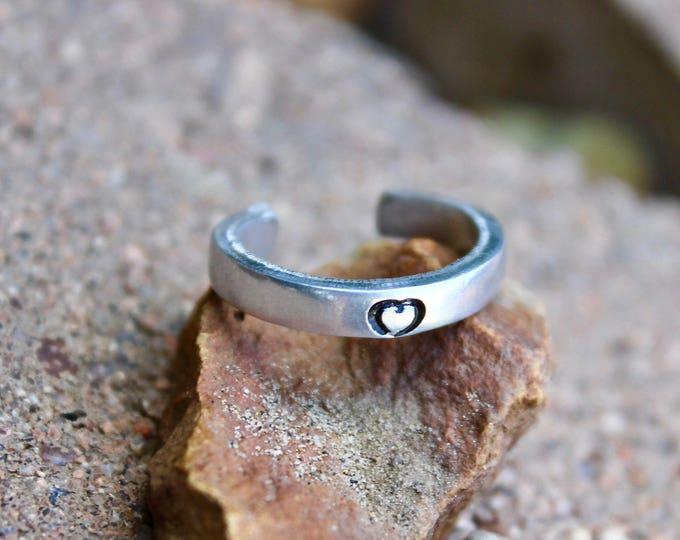 Tiny Heart Toe Ring