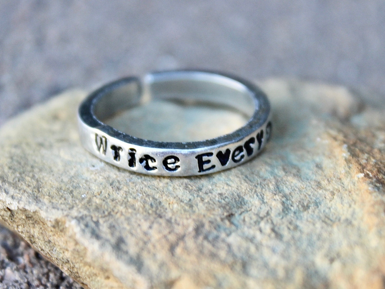 What to write on the ring