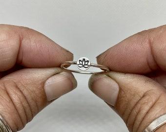 Lotus Ring, Sterling Silver Lotus Ring, Solid Sterling Silver Lotus Boho Yoga Ring, Yoga Inspired Lotus Ring, Minimalist Lotus Ring, Silver