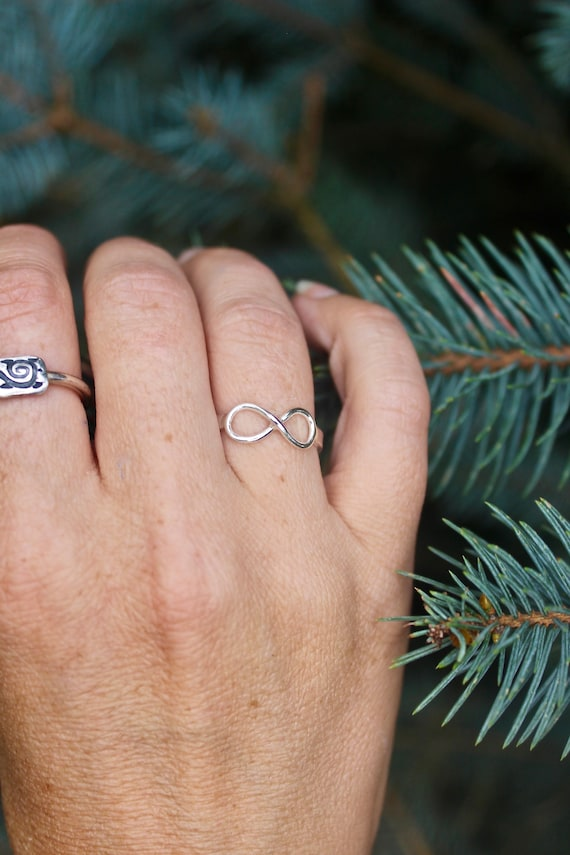 Size 6 (Ready to Ship) Sterling Silver Infinity Ring