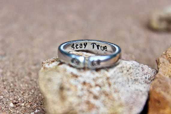 Stay True Mantra Ring