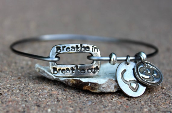 Breathe in Breathe Out Mantra Bangle Bracelet / Mantra Bangle Bracelet / Breathe in Breathe out / Charm Bangle Bracelet / Gift for Yogi