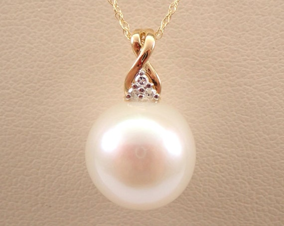 """14K Yellow Gold Diamond and 12 mm Pearl Pendant Necklace Chain 18"""" June Gemstone"""