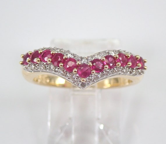 Ruby and Diamond V Wedding Ring Anniversary Band 14K Yellow Gold Size 7