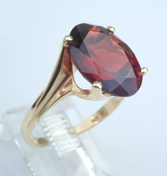 Antique Vintage Retro Yellow Gold 3 1/2 ct Oval Mozambique Garnet Solitaire Engagement Ring Size 6