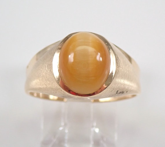 Vintage Antique Estate Yellow Gold Cats Eye Solitaire Pinky Ring Size 7.5