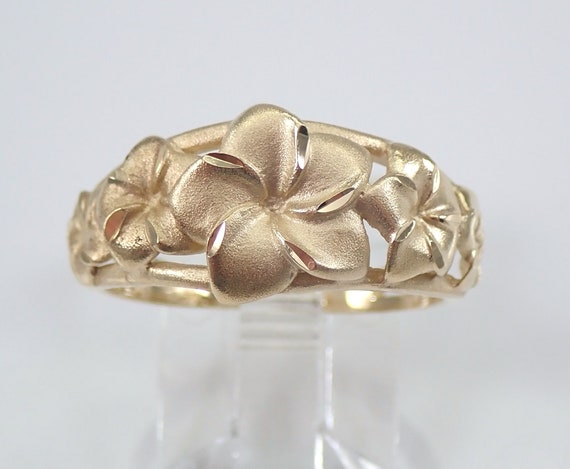 Vintage Estate Antique 14K Yellow Gold Flower Ring Band Size 8 Circa 1970's