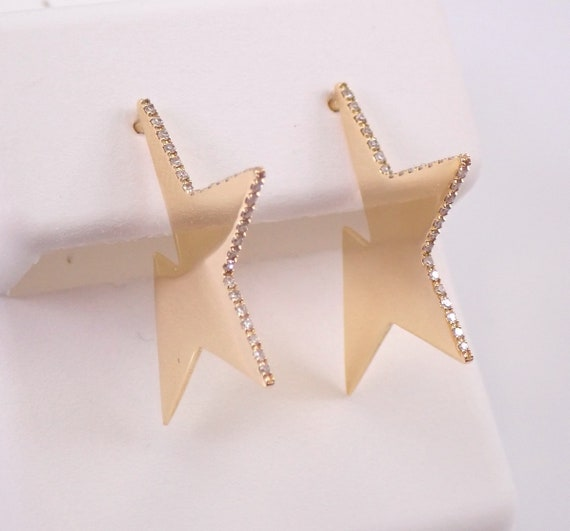 18K Yellow Gold Diamond STAR Earrings Unique Design MUST SEE
