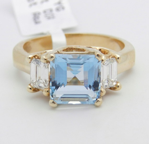 Diamond and Aquamarine Ring Three Stone Engagement Ring 14K Yellow Gold Size 6.5 Rare