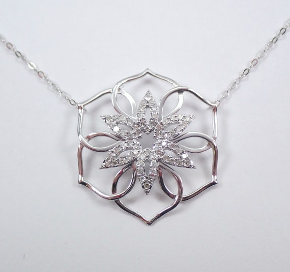 Diamond Cluster Pendant 14K White Gold Snowflake Flower Star Necklace Chain 18""