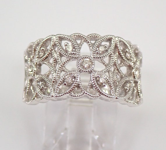 White Gold Diamond Wedding Band Anniversary Flower Cluster Ring Size 7 FREE SIZE