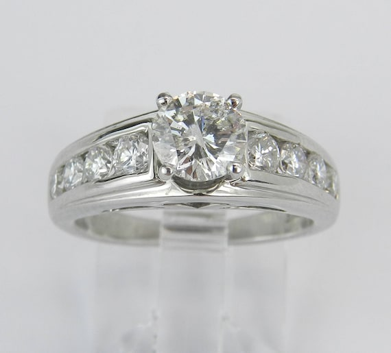 Platinum 1.29 ct Round Brilliant Diamond Engagement Ring Traditional