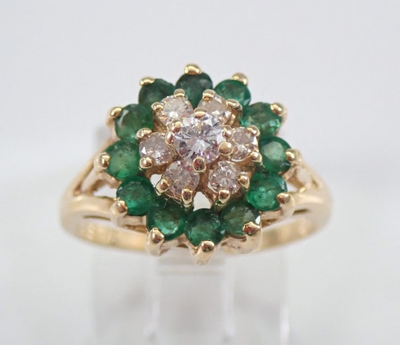 Estate Vintage 14K Yellow Gold Diamond and Emerald Cluster Ring Size 4.5