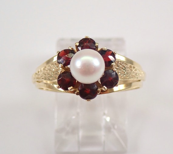 Antique Vintage Estate 8K Yellow Gold Pearl and Garnet Cluster Ring Size 8