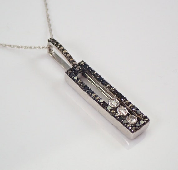 """White and Black Diamond Movable Floating Pendant Necklace White Gold 18"""" Chain"""