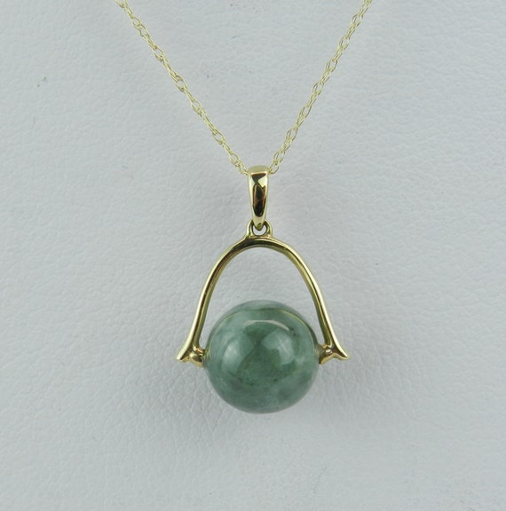 """Movable Jade Bead Pendant Necklace 14K Yellow Gold 18"""" Chain Healing Gemstone"""