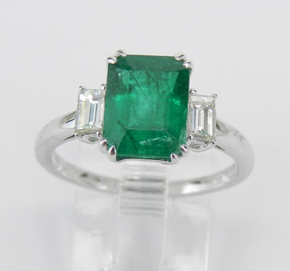 18K White Gold Emerald Diamond Three Stone Engagement Ring Size 7.5 VIVID Green